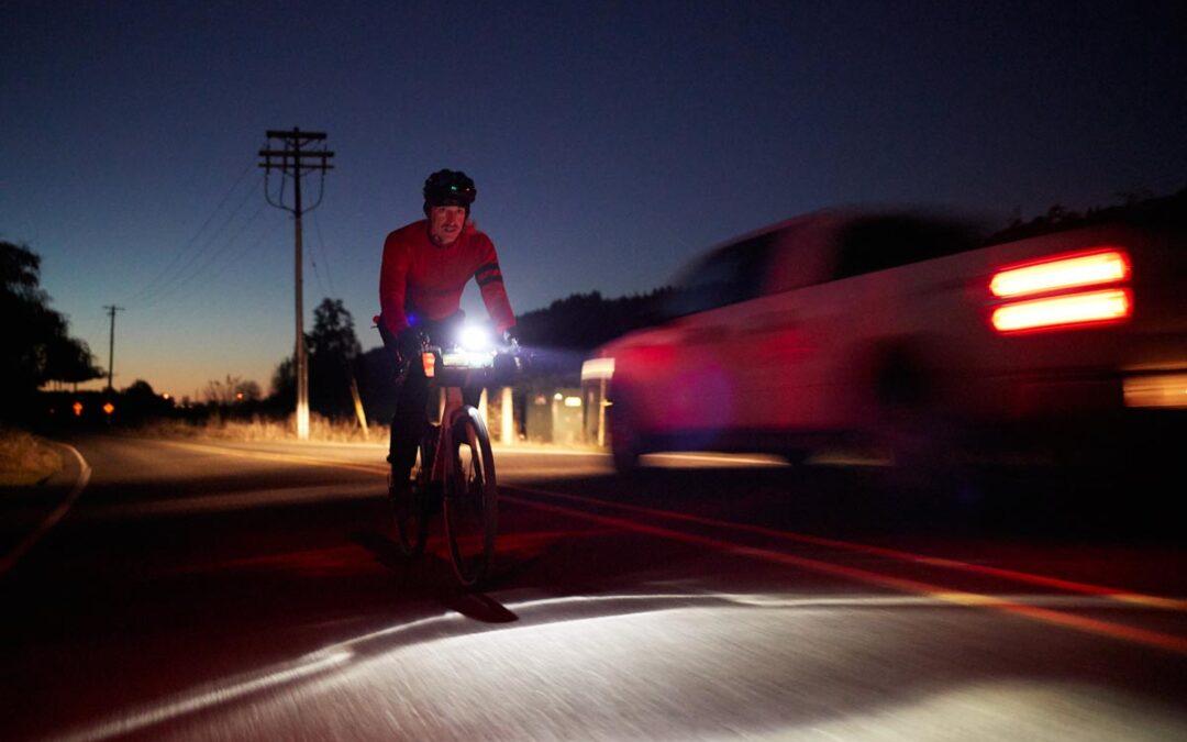Cómo andar en bicicleta de noche – Luces